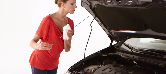 How to top up your engine oil
