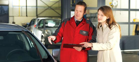 Ny bil eller skal din Toyota på værksted? Spørg Toyota