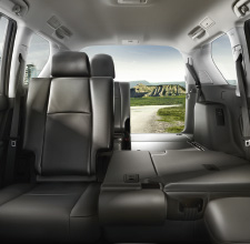 Land Cruiser 2013 | Interior | Toyota UK
