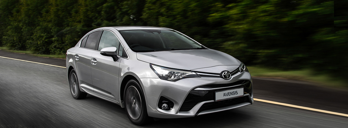 Toyota Avensis voted safest family car at Euro NCAP 2015