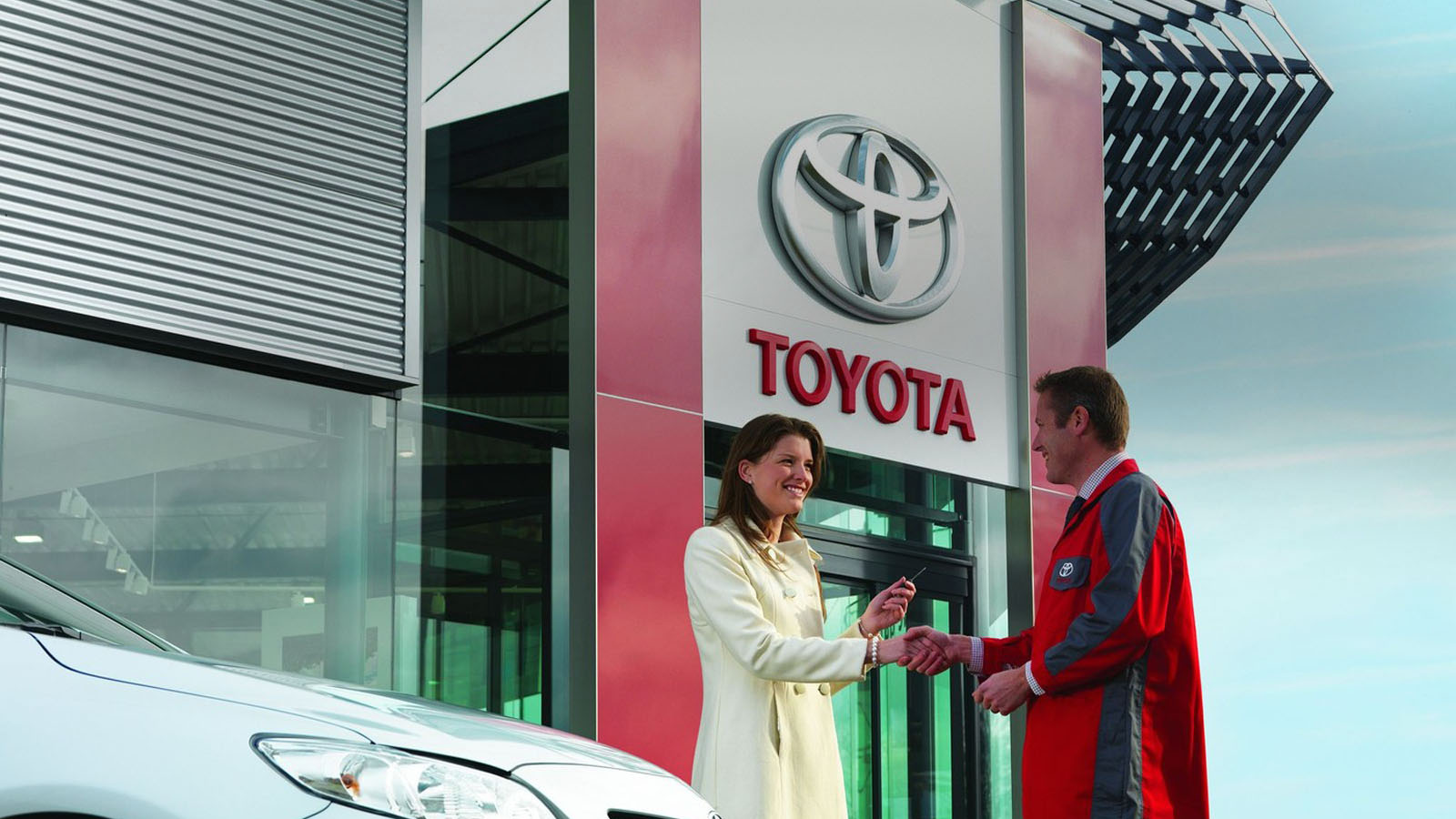 toyota service and maintenance toyota ireland. Black Bedroom Furniture Sets. Home Design Ideas