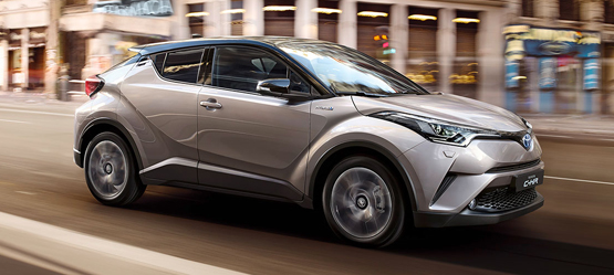 New car buyers continue to embrace Toyota Hybrid and petrol for 172