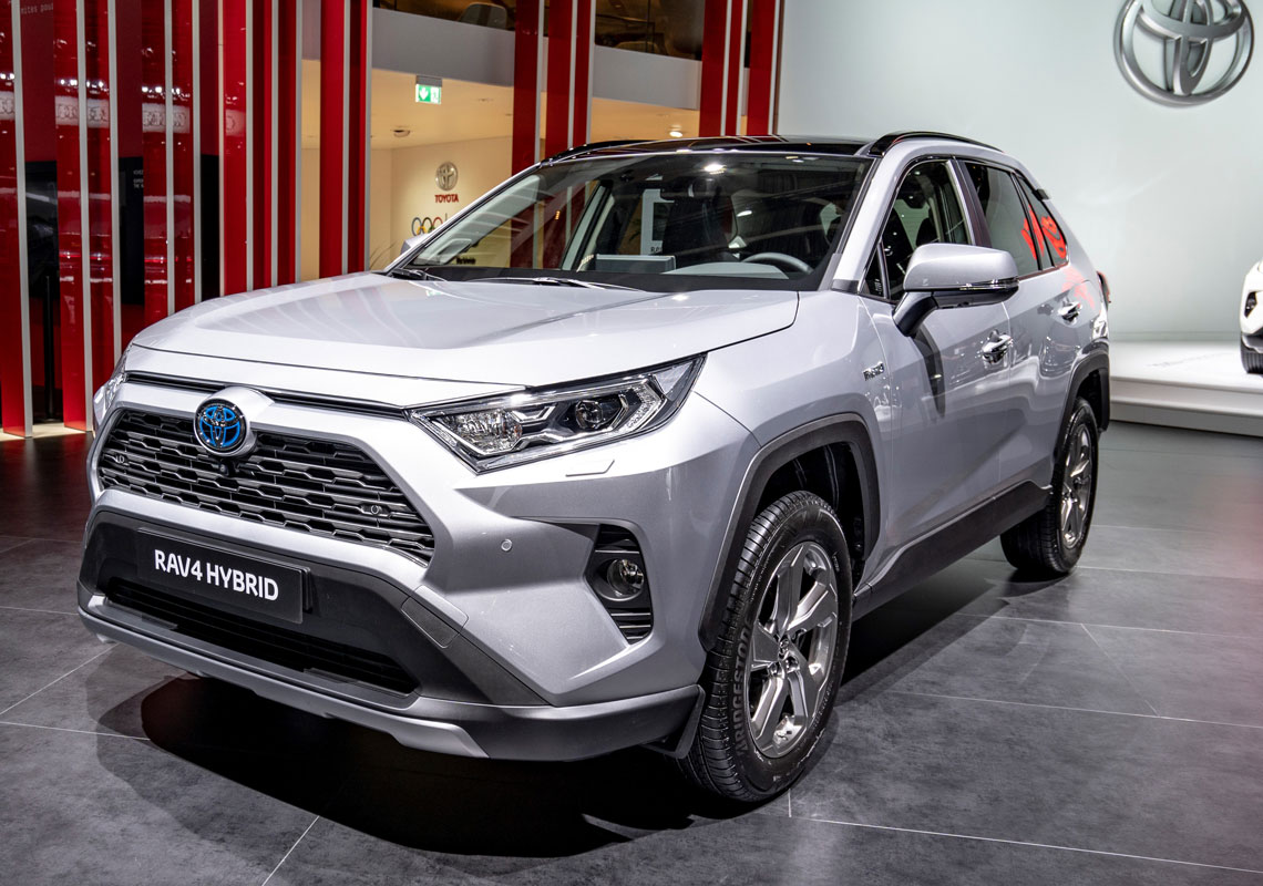 RAV4 2019 side front white black roof