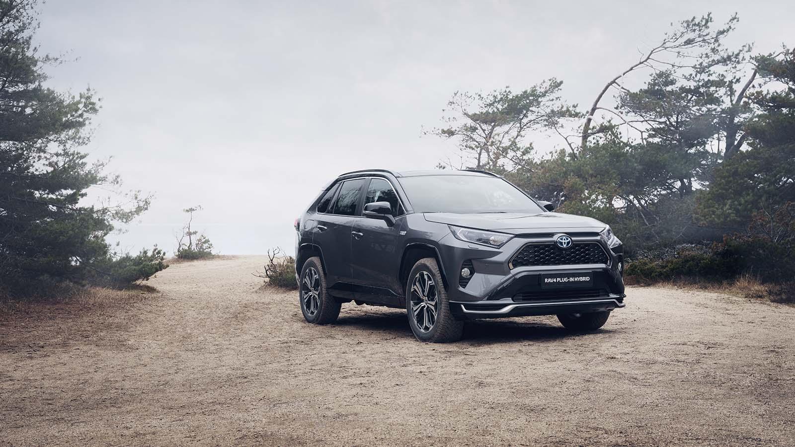 Toyota Norge | Selvladende Hybrid eller plug in?